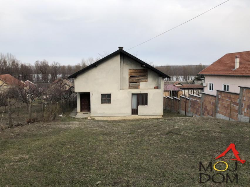 kuća SREMSKI KARLOVCI